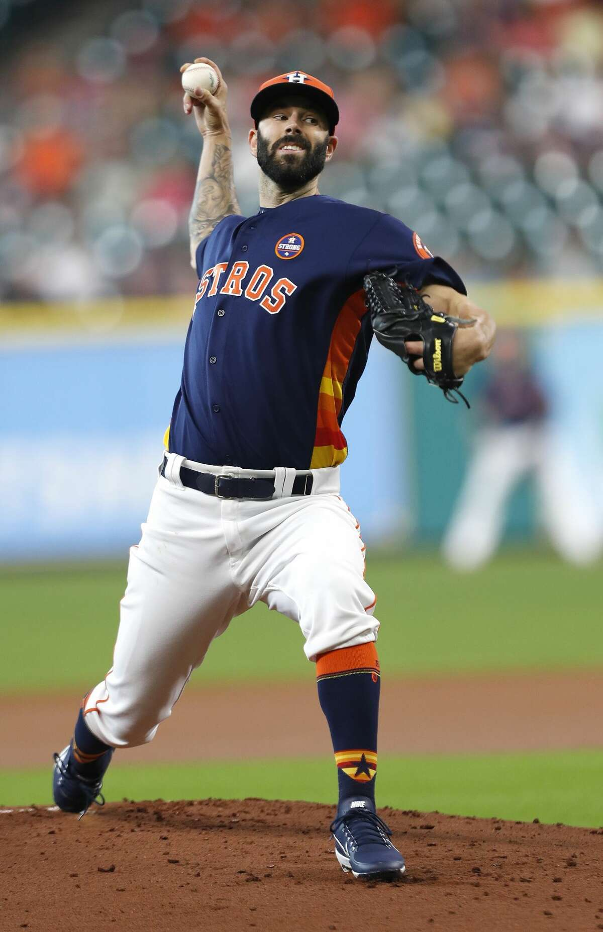 Houston Astros starting pitcher Mike Fiers (54) pitches during the first inning of an MLB baseball game at Minute Maid Park, Sunday, Sept. 3, 2017, in Houston. ( Karen Warren / Houston Chronicle )