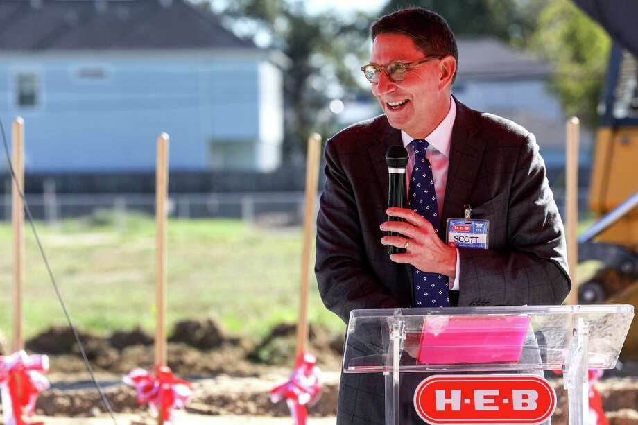 Scott McClelland, HEB president of food and drug, speaks during a groundbreaking ceremony for a new HEB location in the Heights neighborhood, Tuesday, Oct. 24, 2017, in Houston. Last November, Heights residents voted to repeal an alcohol ban, making it possible for HEB to build the store. ( Jon Shapley ) Photo: Jon Shapley, Staff Photographer / © 2017 Houston Chronicle