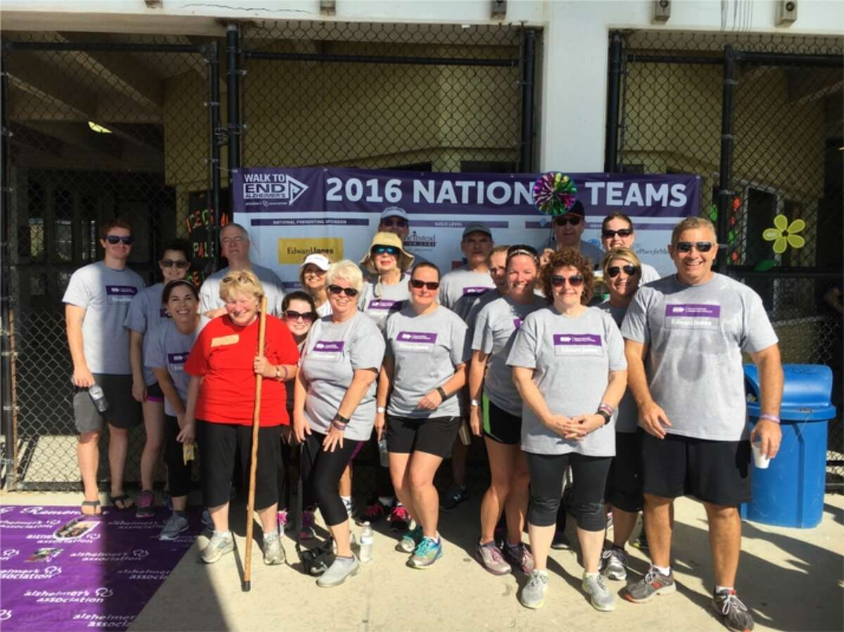 An Edward Jones Investments team participates in a Walk to End Alzheimer's. Edward Jones is a seven-time Top Workplaces winner.