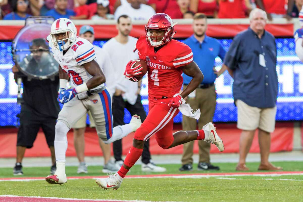 Houston wide receiver Dé?•Eriq King (4) catches a pass for a touchdown in the first quarter of an NCAA college football game at TDECU Stadium on Saturday, Oct. 7, 2017, in Houston, Texas. (Joe Buvid / For the Houston Chronicle)