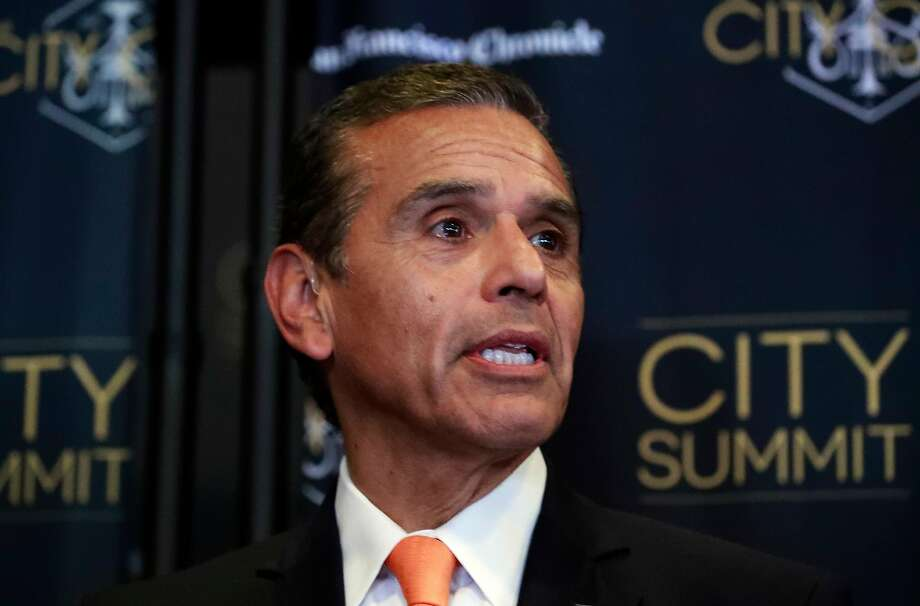 Antonio Villaraigosa is consulting with a Republican on his race for governor. Photo: Michael Macor, The Chronicle