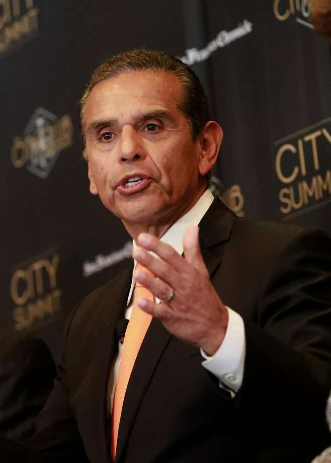 AntonioVillaraigosa makes a point. The San Francisco Chronicle and the City Club of San Francisco  host a City Summit forum for California democratic gubernatorial candidates, John Chiang, California State Treasurer, Antonio Villaraigosa, former Mayor of Los Angeles, Delaine Eastin, former California Superintendent of Public Instruction and Gavin Newsom, Lieutenant Governor of California in San Francisco, Ca. on Tuesday October 24, 2017. Photo: Michael Macor, The Chronicle