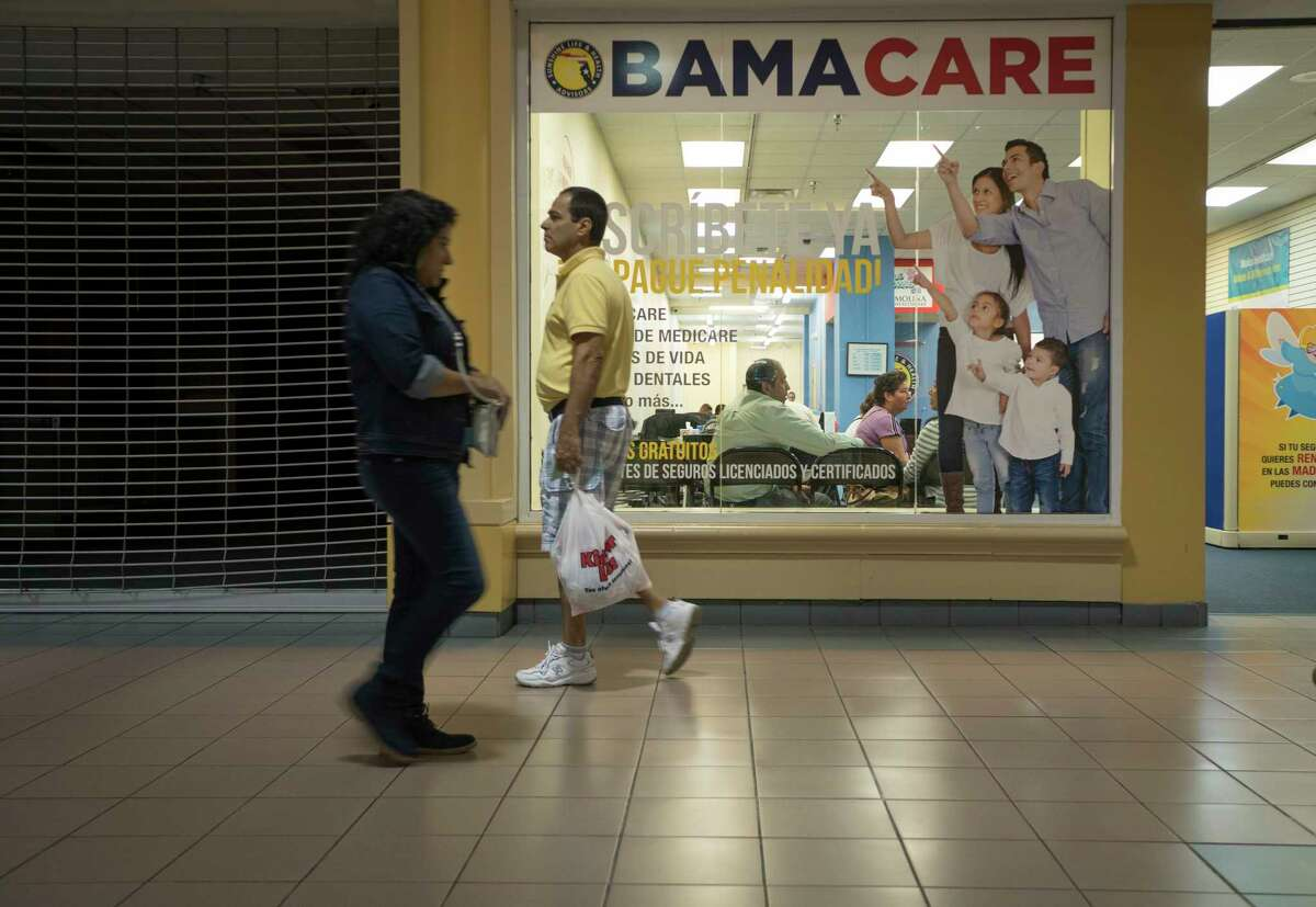 An insurance agency in Miami advertises the ACA, also known as Obamacare. Open enrollment for a 2018 ACA health plan begins online at healthcare.gov and elsewhere on Nov. 1 and lasts until Dec. 15.