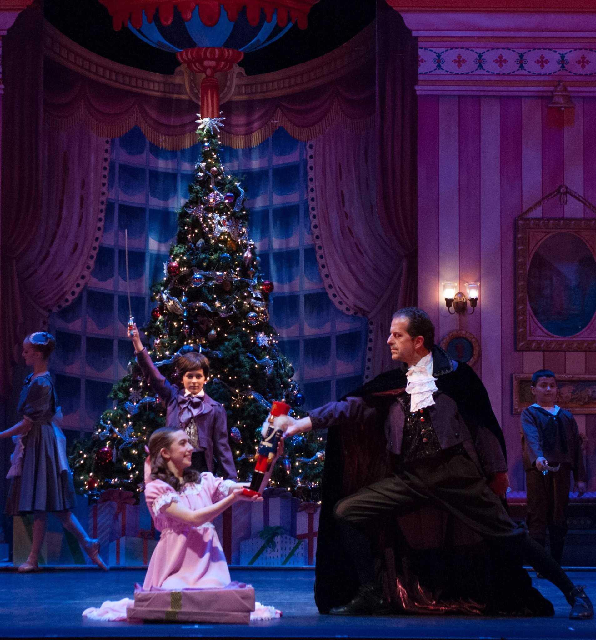 Warner Theatre, Nutmeg Ballet to present 'The Nutcracker ...