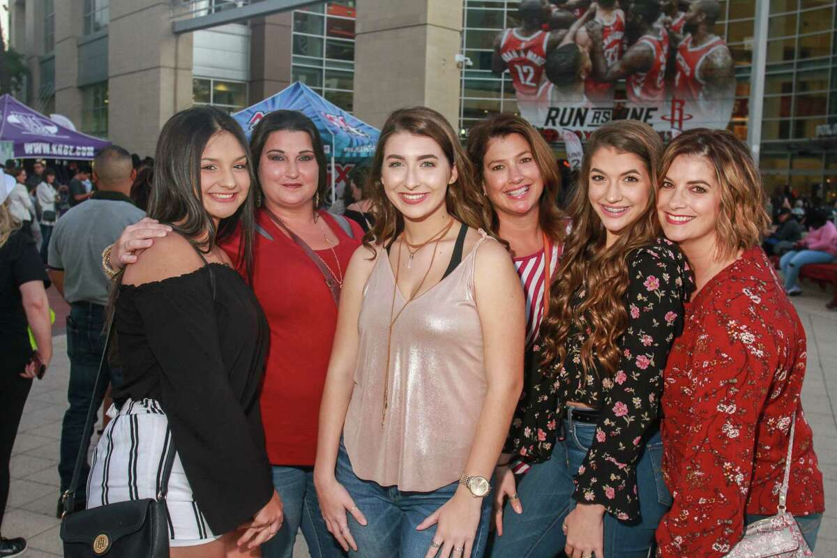 Fans attending the Bruno Mars concert at Toyota Center. (For the Chronicle/Gary Fountain, October 24, 2017)