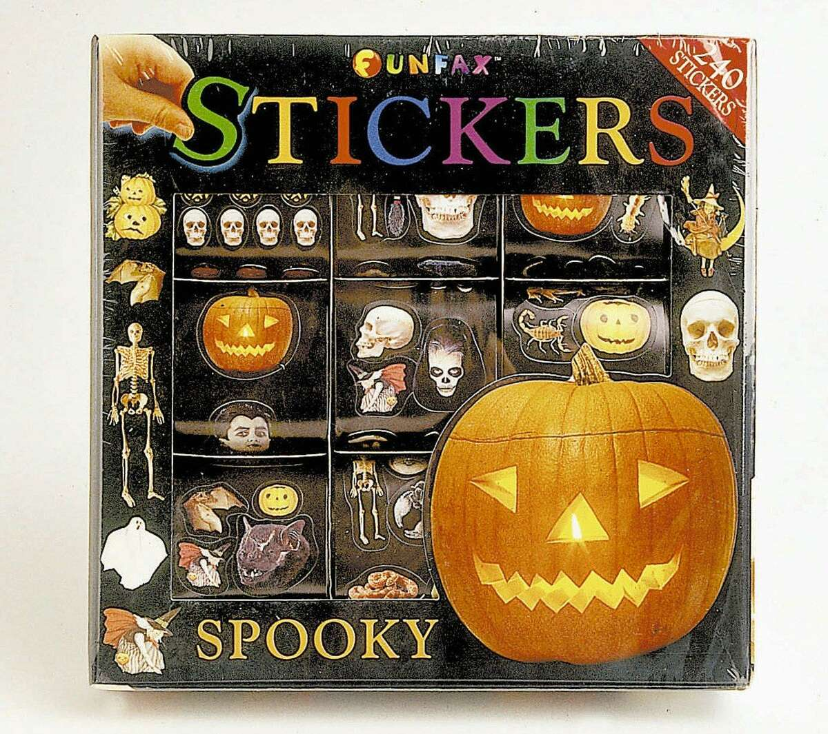 The Connecticut state dental association is recommending that homeowners hand out non-candy items, such as stickers, this Halloween.