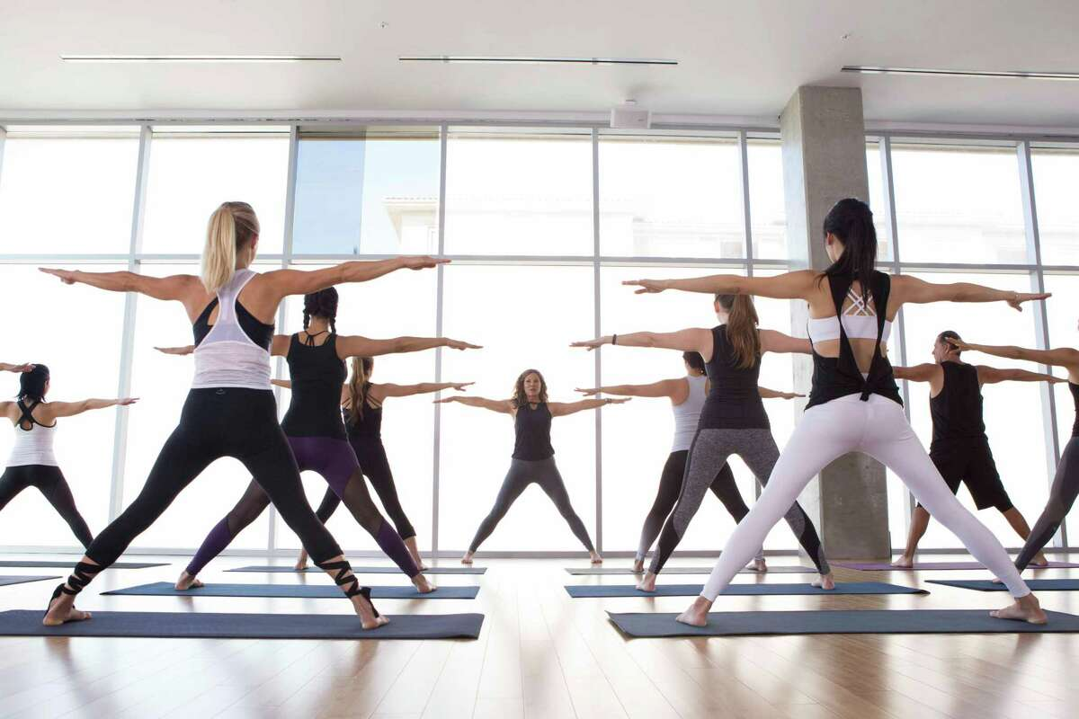 YogaWorksoffers yoga classes, integrated fitness classes, workshops, teacher training programs, and yoga-related retail merchandise.