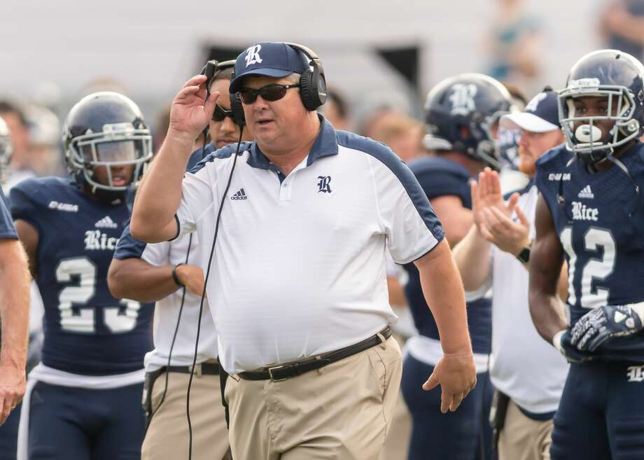 HOUSTON, TX - NOVEMBER 05:  Rice Owls head coach David Bailiff enters the field to contest a call during the NCAA football game between the FAU Owls and Rice Owls on November 5, 2016 at Rice Stadium in Houston, TX.  (Photo by Leslie Plaza Johnson/Icon Sportswire via Getty Images) Photo: Icon Sportswire/Icon Sportswire Via Getty Images