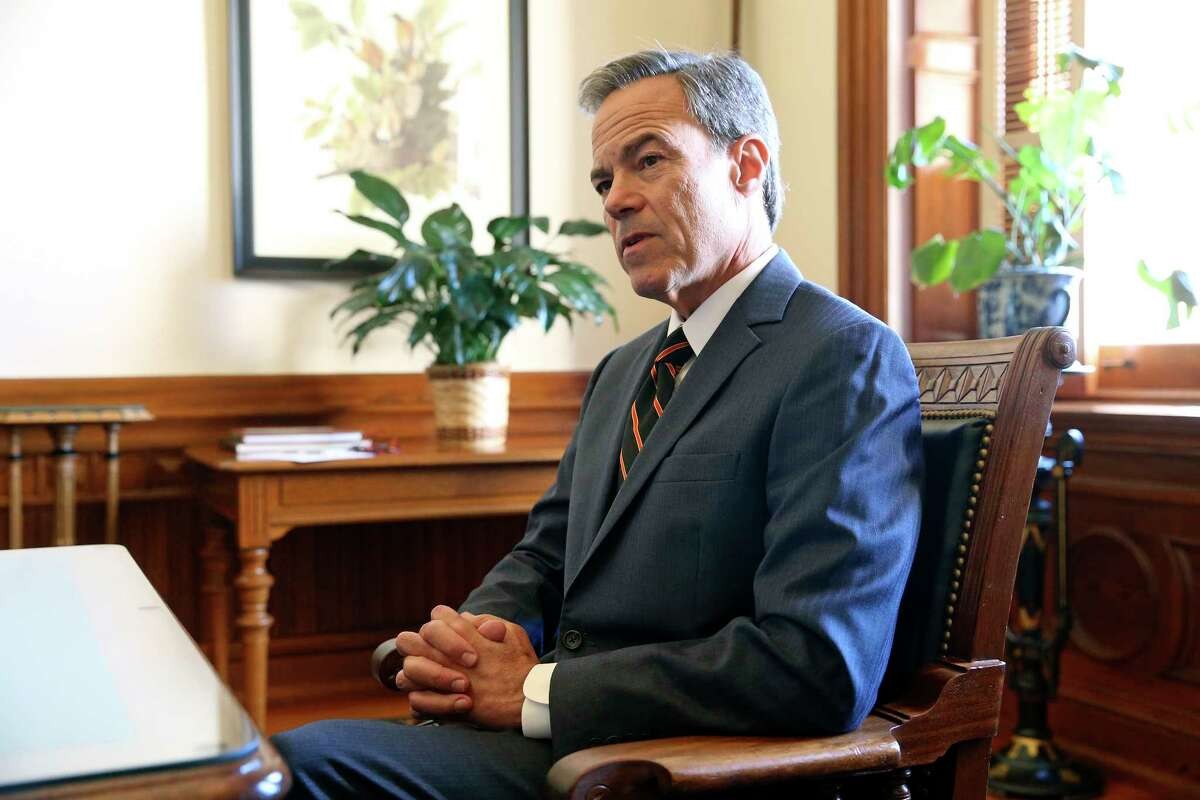 House Speaker Joe Straus talks in his office at the State Capitol on October 25, 2017 shortly after announcing he would not run for reelection as House speaker or for his San Antonio district.
