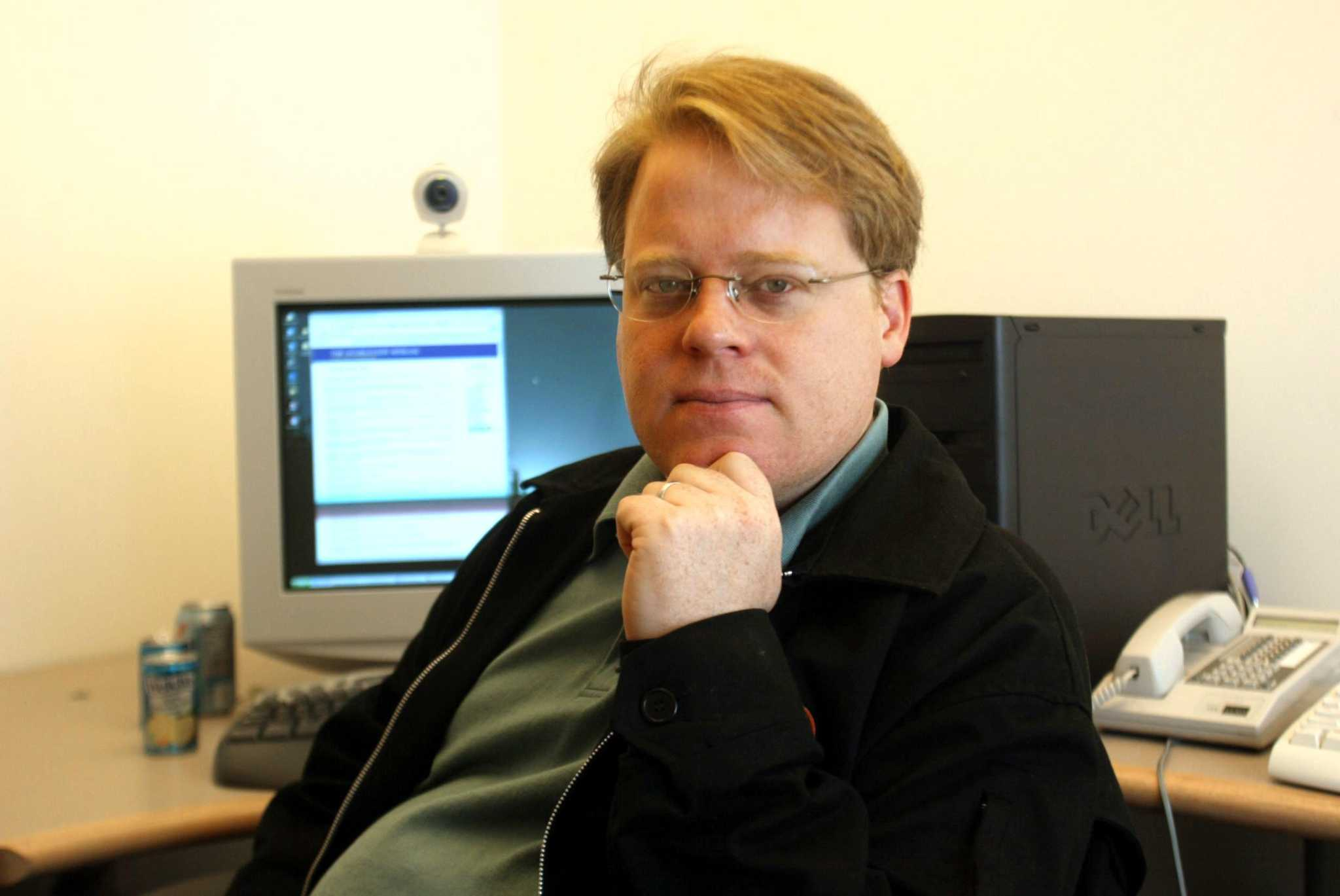 Former Rackspace employee and prominent techie Scoble denies