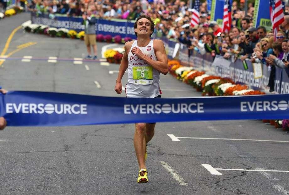 Christopher Zablocki of Essex won the Hartford Marathon Oct. 14 with a time of2:17:59. Photo: Hartford Marathon Photo