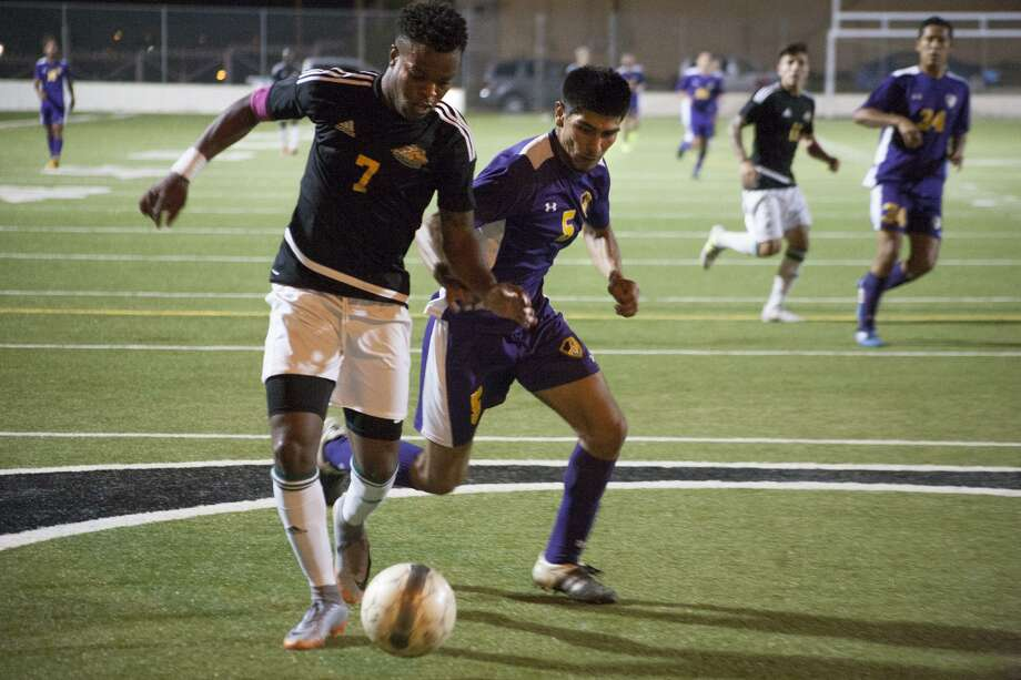 Laredo Community College's Rodave Murray scored two goals in the Palominos' 6-2 regional semifinal win over Jacksonville Junior College on Wednesday night at Memorial Field. Photo: Francisco Vera /Laredo Morning Times