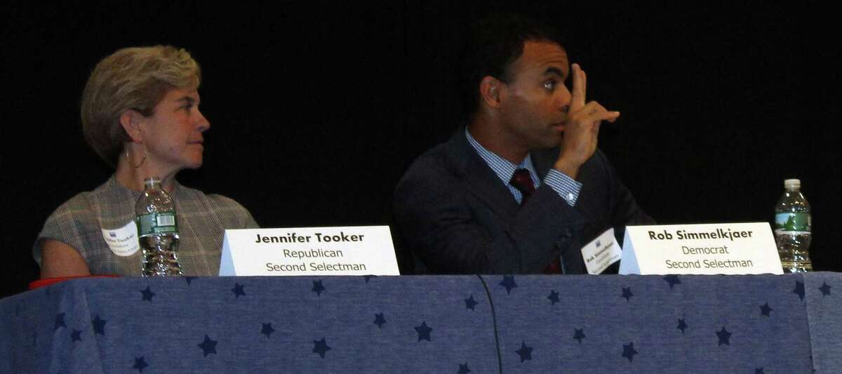 Second Selectman Candidates Jen Tooker and Rob Simmelkjaer at the League of Women Voters Debate Oct. 24.