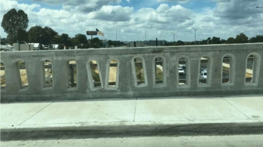 The design of the New Braunfels Avenue bridge will have to be redone after TxDOT officials say a shift during the concrete-drying process caused the arches to come out wonky. Photo: Texas Department Of Transportation