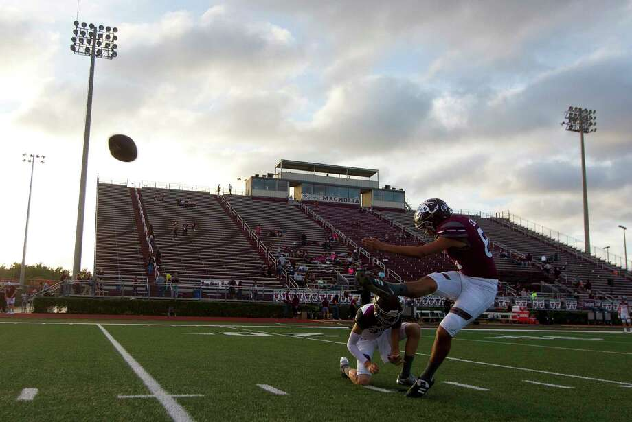 Magnolia kicker Andy Canas (81) warms up before a District 20-5A high school football game, Friday Oct. 20, 2017, in Magnolia. Photo: Jason Fochtman, Staff Photographer / © 2017 Houston Chronicle