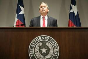 The bribery issue is just one more reason Texas Attorney General Ken Paxton needs to step down from his office.  The people of Texas deserve an attorney general who can devote all of his time to his official duties. Instead, one of the state's top elected leaders is fighting to keep himself out of prison for violating the same sort of white-collar crime his own office prosecutes. (Jay Janner/Austin American-Statesman via AP)