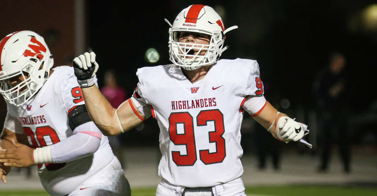 The Woodlands defensive linemen Jonathan Hoover (93) celebrates with teammates during the varsity football game against Oak Ridge on Friday, Oct. 20, 2017, at Woodforest Bank Stadium. (Michael Minasi / Houston Chronicle)