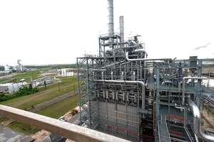 LyondellBasell is starting construction on a $700 million plastics plant at its existing petrochemical hub in La Porte.