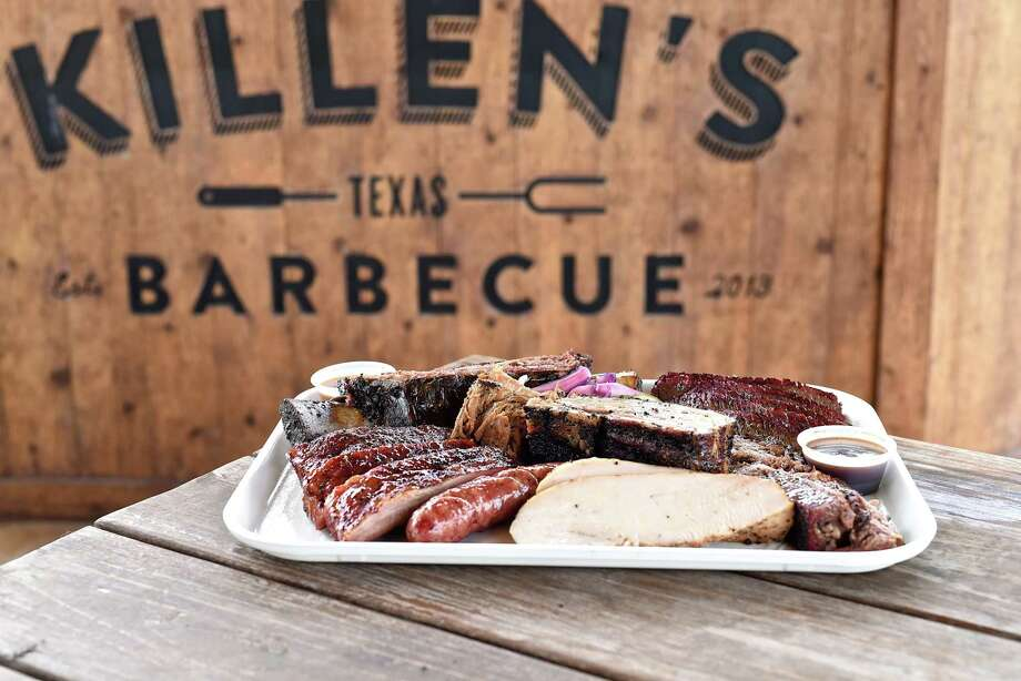 Meat platter at Killen's Barbecue in Pearland. Pitmaster/owner Ronnie Killen has announced his intentions to open a barbecue restaurant in the Woodlands. Photo: Kimberly Park