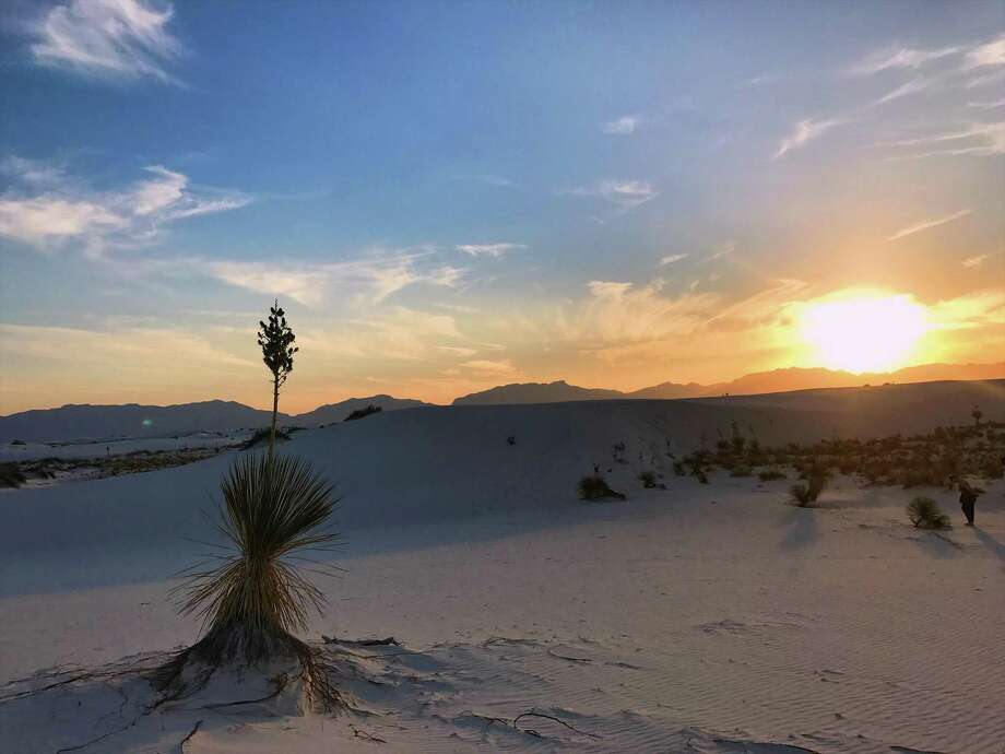 Park rangers lead visitors on a Sunset Stroll every evening at White Sands National Monument. Photo: Nia Jaramillo /Texas State University / Copyright 2017. All rights reserved.