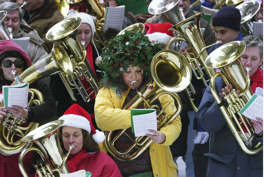 Get your holiday on with these six holiday concerts and shows.Click through for details. Photo: Suzanne Plunkett /AP / AP