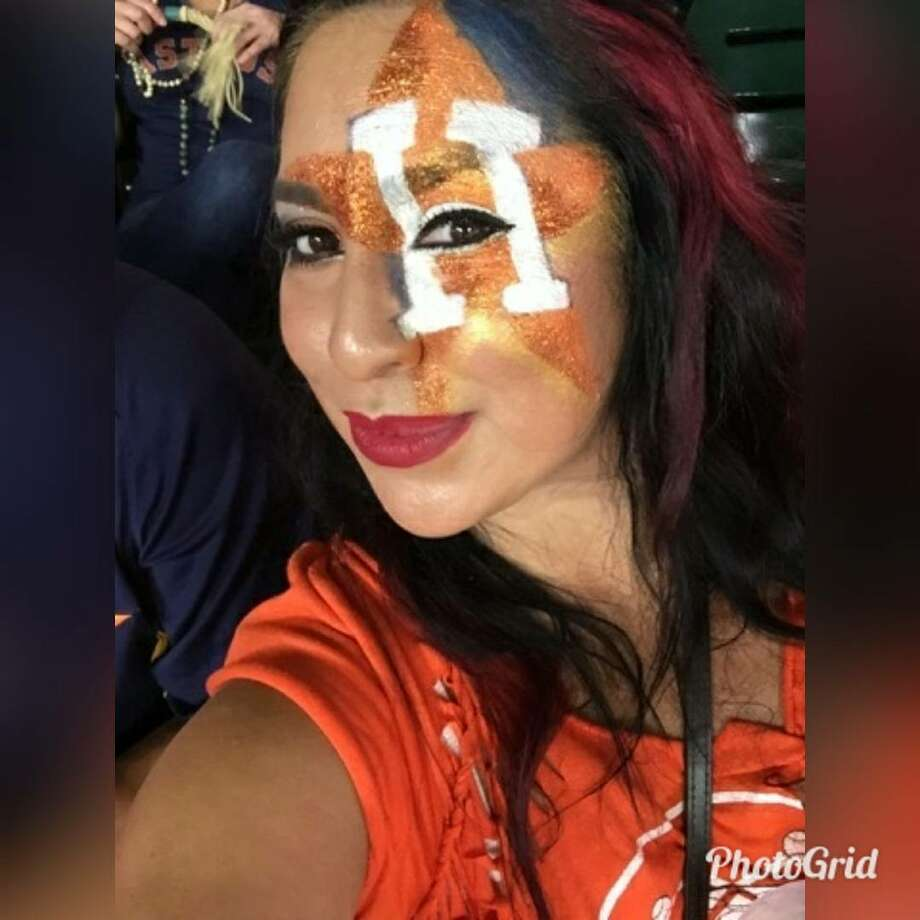 From Houston toPhiladelphiato Paris, Astros fans from around the world shared photos of themselves to Chron.com representing their World Series team.Image source: Twitter Photo: Twitter