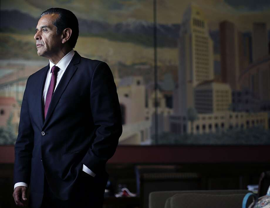 FILE - In this June 19, 2013 file photo, Los Angeles Mayor Antonio Villaraigosa poses for photos in his office in Los Angeles. Former Los Angeles Mayor Villaraigosa announced Thursday, Nov. 10, 2016, that he is running for California governor, joining a growing field for the 2018 contest that includes the lieutenant governor and treasurer. (AP Photo/Jae C. Hong,File) Photo: Jae C. Hong, Associated Press