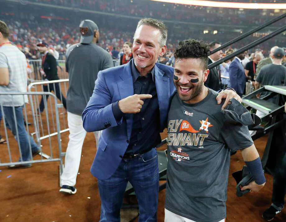 Jose Altuve (right) joins Hall of Famer Craig Biggio as the only Astros players to start four consecutive MLB All-Star Games. Photo: Karen Warren, Houston Chronicle / @ 2017 Houston Chronicle