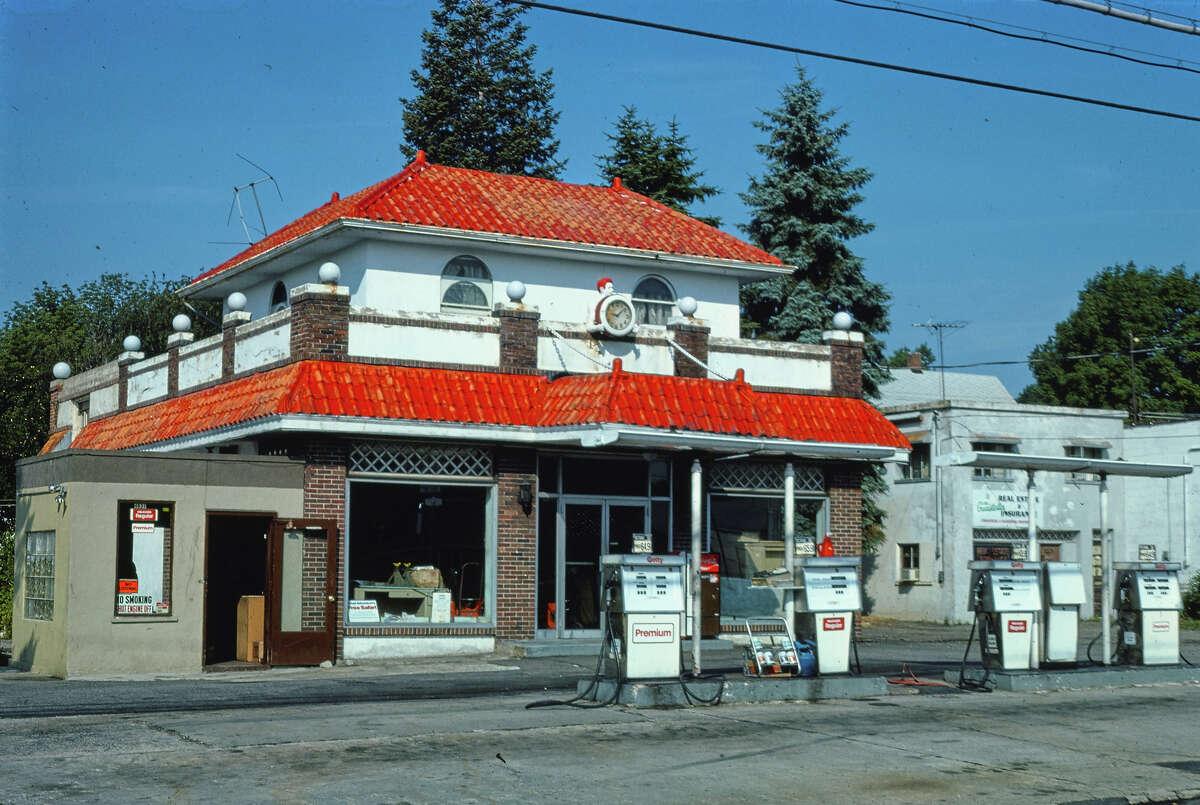 Getty Oil, Bridgeport, Connecticut, 1977.
