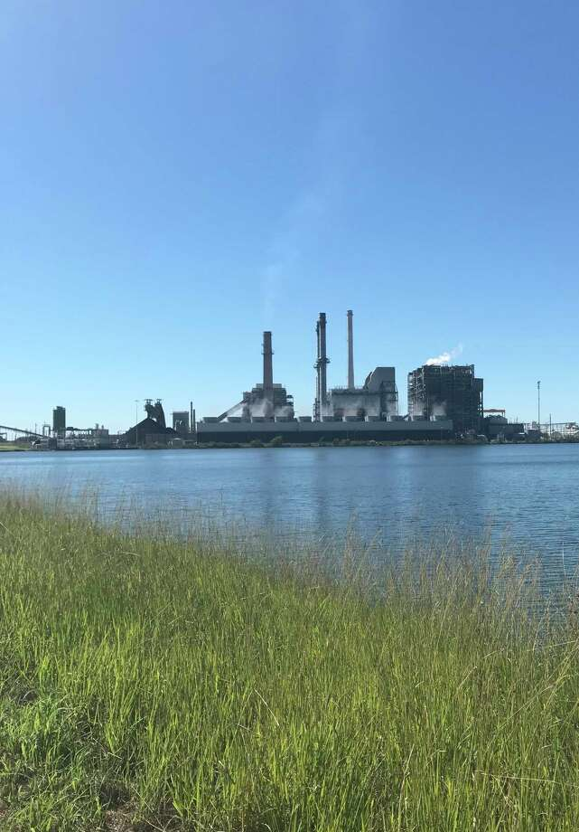 Luminant, Milam County's largest employer, is shutting down its coal-fired power plant right after the first of the year. / Houston Chronicle