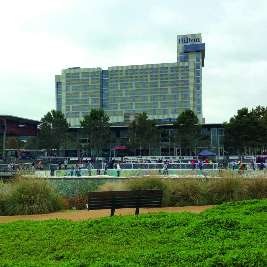 The 1,207-room Hilton opened in 2003. Photo: Katherine Feser/Houston Chronicle
