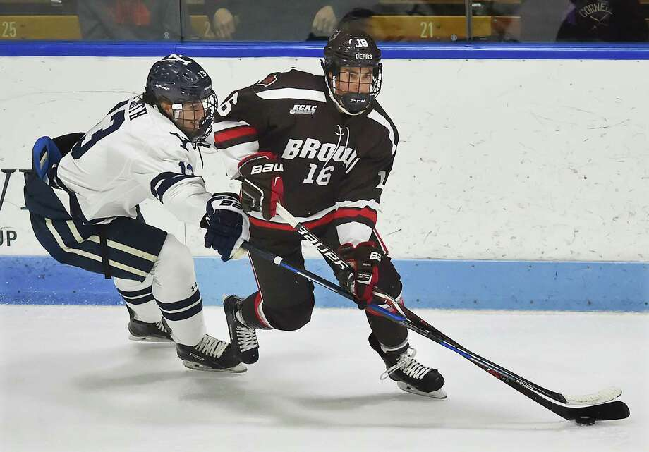 Brown defeats Yale, 4-1, Friday, Oct. 27, 2017, in the season opener at Ingalls Rink in New Haven. Photo: Catherine Avalone, Hearst Connecticut Media / New Haven Register