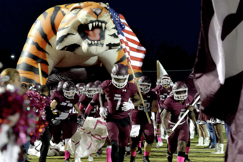 Silsbee's varsity bursts onto the field to take on Bridge City during their district game Friday night in Silsbee. Photo taken Friday, October 27, 2017 Kim Brent/The Enterprise Photo: Kim Brent / BEN