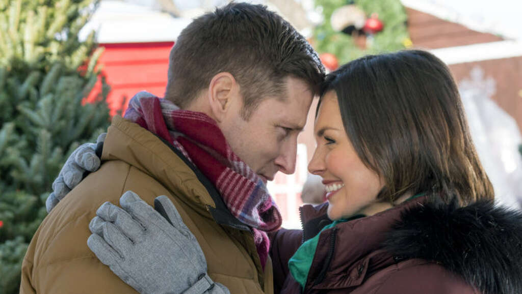 Christmas means beautiful, cheesy Hallmark movies by the dozens ...
