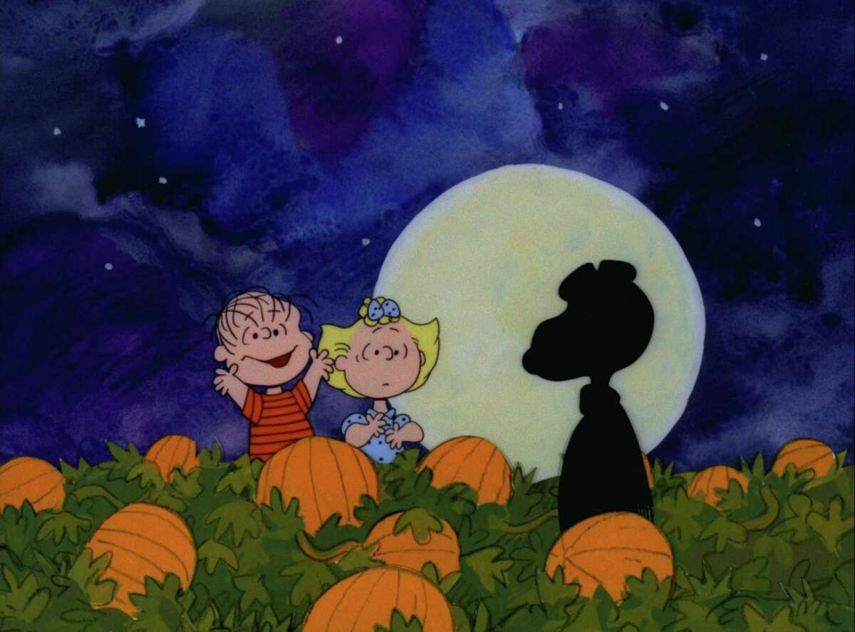 """""""IT'S THE GREAT PUMPKIN, CHARLIE BROWN"""" - The classic animated Halloween-themed PEANUTS special, """"It's the Great Pumpkin, Charlie Brown,"""" created by late cartoonist Charles M. Schulz, airs WEDNESDAY, OCTOBER 31 (8:00-8:30 p.m., ET) on the ABC Television Network. (Â1966 United Feature Syndicate Inc.)"""