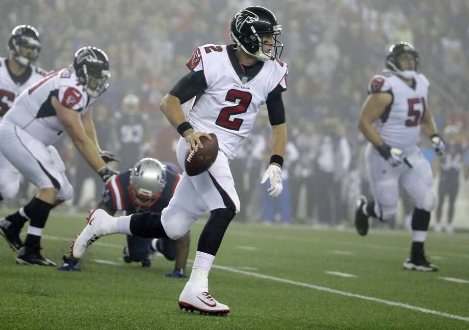 Quarterback Matt Ryan and the Falcons will look to get back on the winning track on Sunday against the Jets. Photo: Steven Senne / Associated Press / Copyright 2017 The Associated Press. All rights reserved.