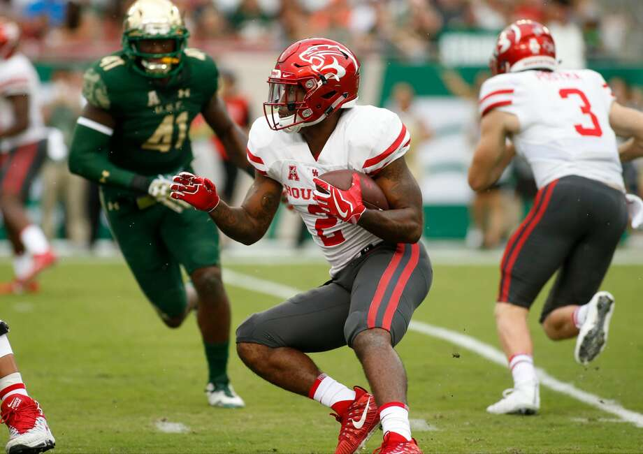 TAMPA, FL - OCTOBER 28:  Running back Duke Catalon #2 of the Houston Cougars runs for several yards during the first quarter of an NCAA football game against the South Florida Bulls on October 28, 2017 at Raymond James Stadium in Tampa, Florida. (Photo by Brian Blanco/Getty Images) Photo: Brian Blanco/Getty Images