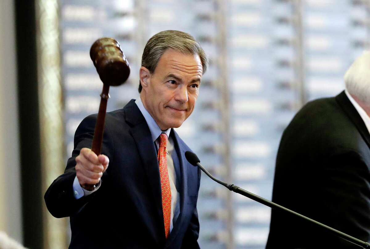 Texas Speaker of the House Joe Straus, R-San Antonio, calls the House of Representatives to order on July 18, 2017, in Austin. (AP Photo/Eric Gay, File)