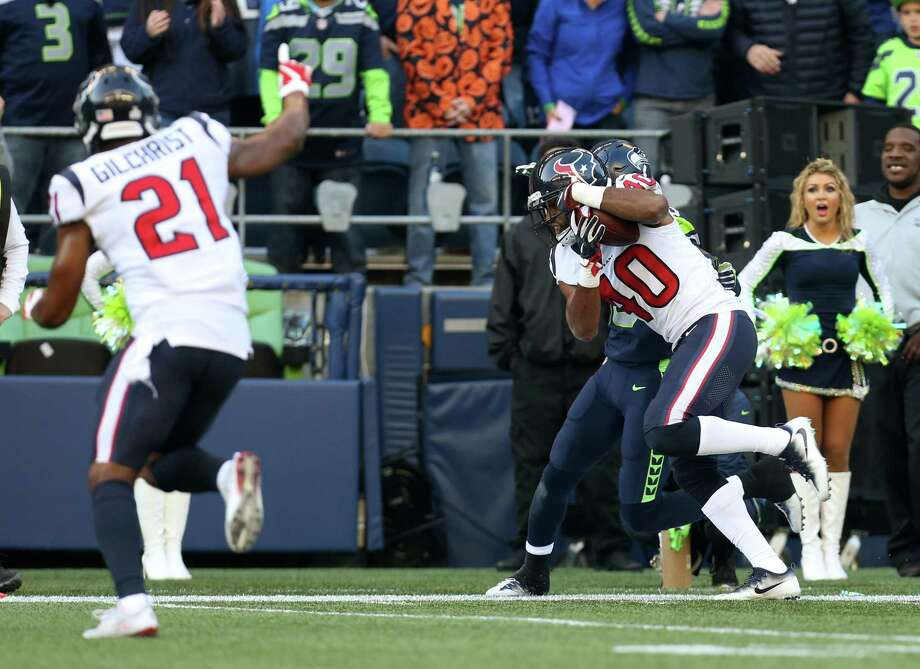 Houston Texans cornerback Marcus Williams (40) intercepts the ball in the third quarter of the game against the Seattle Seahawks at CenturyLink Field Sunday, Oct. 29, 2017, in Seattle. The Seahawks won 41-38. Photo: Godofredo A. Vasquez, Houston Chronicle / Godofredo A. Vasquez