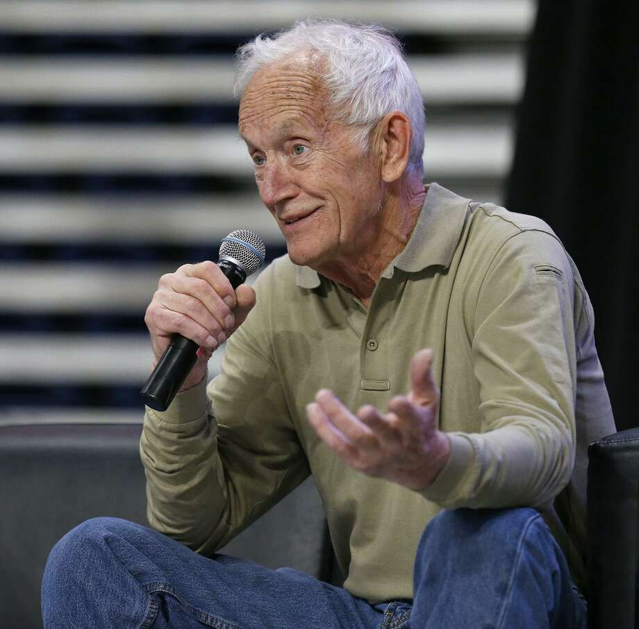 """Actor Lance Henriksen answers questions from the audience Sunday Oct. 29, 2017 during the Alamo City Comic Con at the Alamodome. Henriksen played the android """"Bishop"""" in the movie """"Aliens"""". Photo: Edward A. Ornelas, Staff / San Antonio Express-News / © 2017 San Antonio Express-News"""