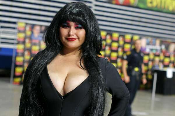 Horror fans got their fill this weekend as Alamo City Comic Con was one of two horror themed conventions courting locals.
