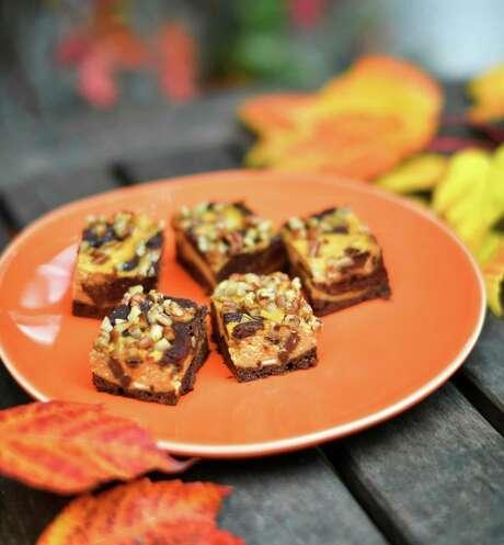 Pumpkin Cheesecake Swirl Brownies Photo: Glen Stubbe, MBR / Minneapolis Star Tribune