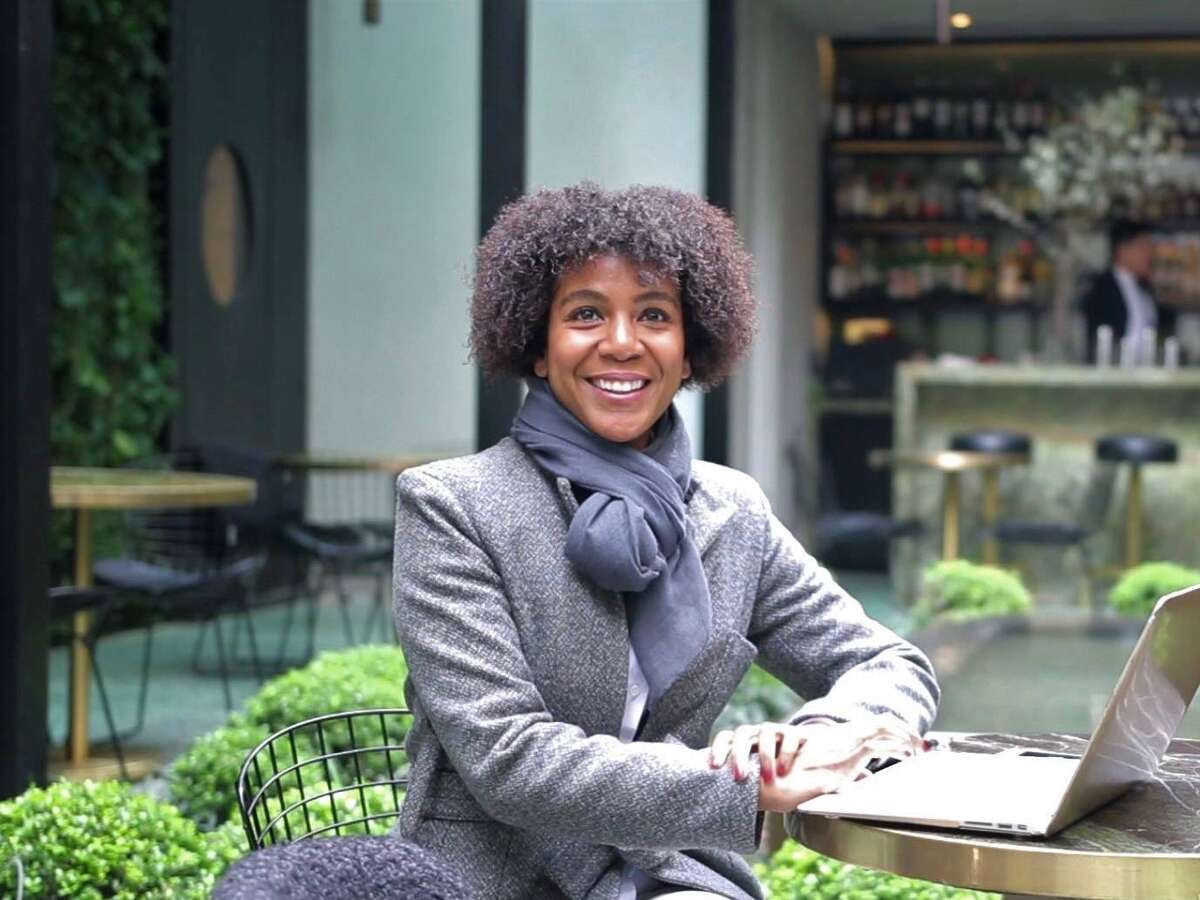 Entrepreneur Zorina Price is opening Zys_Oakland, a vegetarian restaurant that will staff ex-offenders.