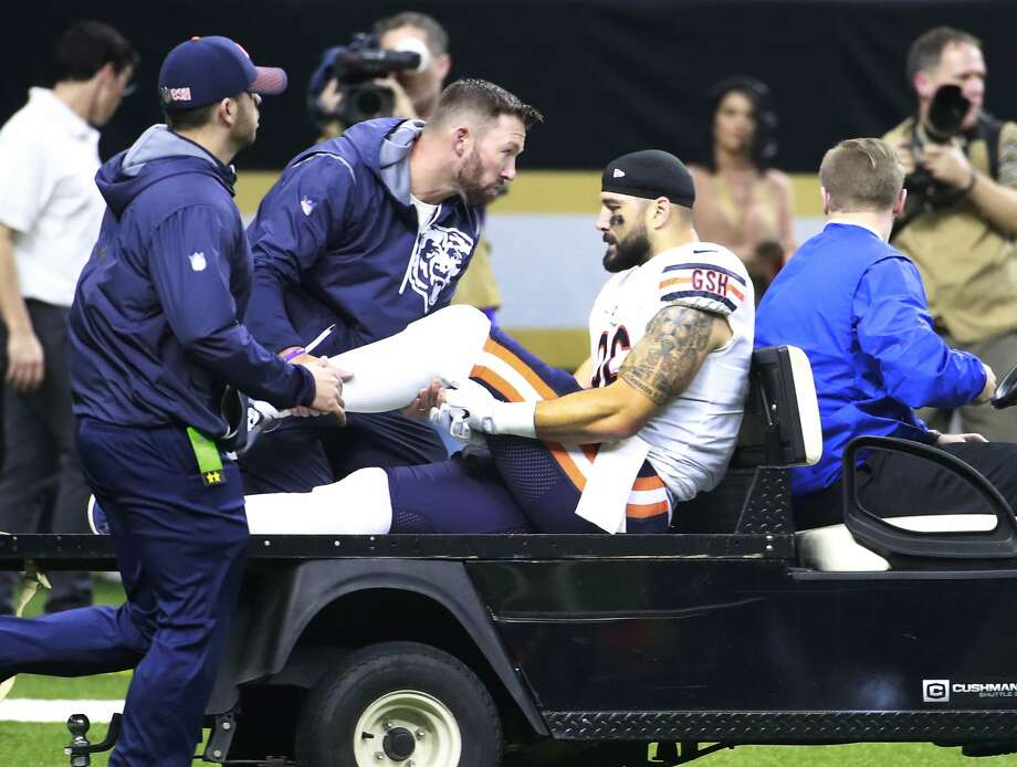 Chicago Bears tight end Zach Miller (86) holds his leg as he is carted off the field following his injury during the second half of their game against the New Orleans Saints on Sunday, Oct. 29, 2017 at the Mercedes-Benz Superdome in New Orleans, La.  (Nuccio DiNuzzo/Chicago Tribune/TNS) Photo: Nuccio DiNuzzo, TNS