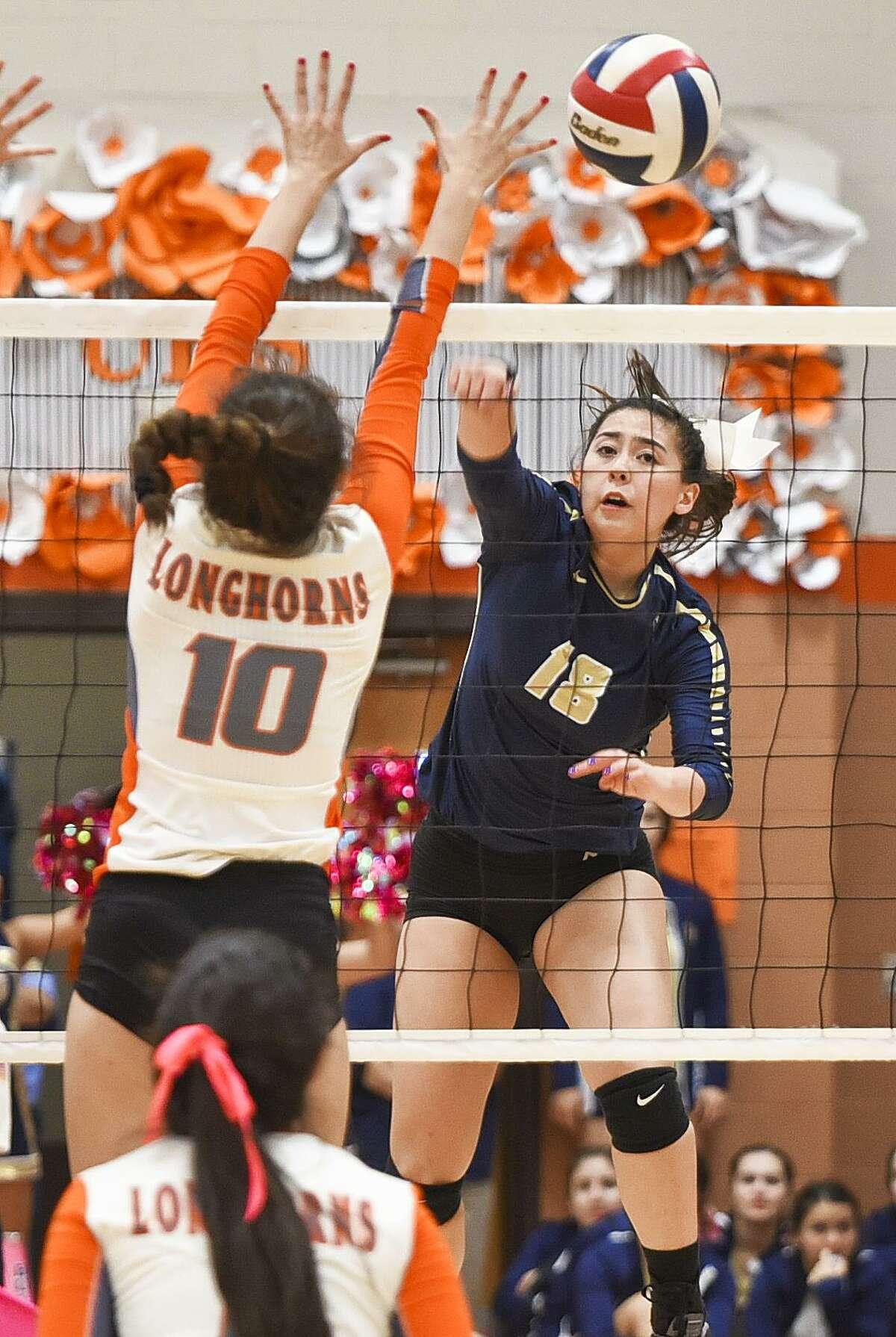 District 29-6A: Volleyball Laredo Alexander, Laredo Johnson, Laredo Nixon, Laredo United, Laredo United South, Eagle Pass, Del Rio