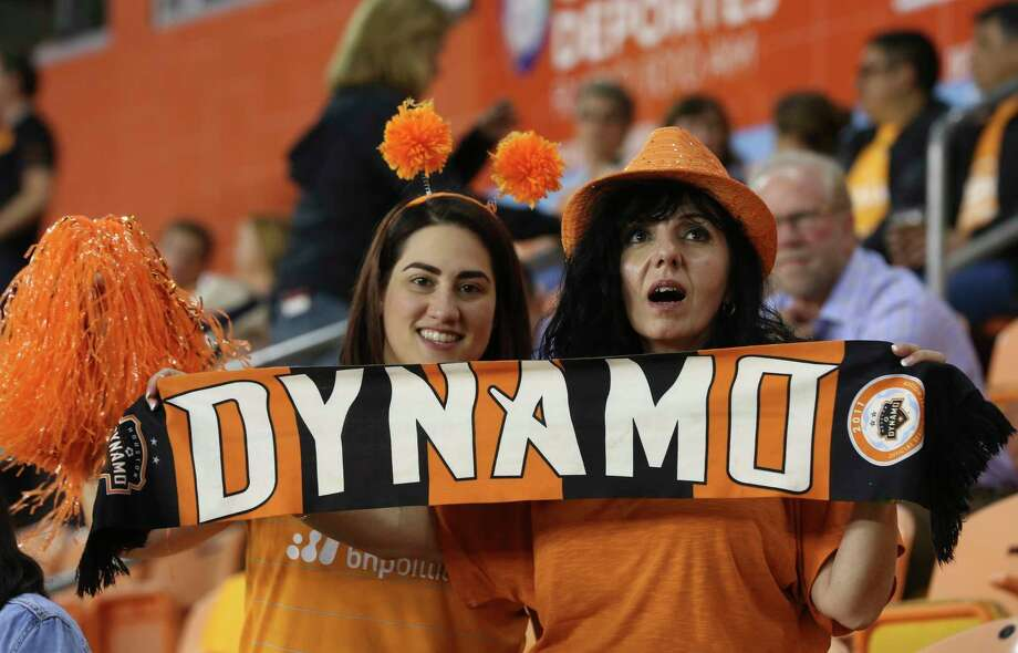 Houston Dynamo fans cheering for the team before the Leg 1 MLS Semifinal match against the Portland Timbers at BBVA Compass Stadium Monday, Oct. 30, 2017, in Houston. ( Yi-Chin Lee / Houston Chronicle ) Photo: Yi-Chin Lee, Houston Chronicle / © 2017  Houston Chronicle