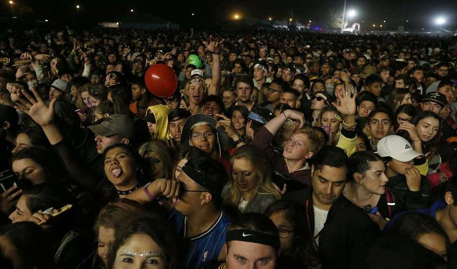 Fans wait for Lil Wayne to perform during the the Mala Luna Music Festival held Saturday Oct. 28, 2017 at Nelson W. Wolff Municipal Stadium. Photo: Edward A. Ornelas, Staff / San Antonio Express-News / © 2017 San Antonio Express-News