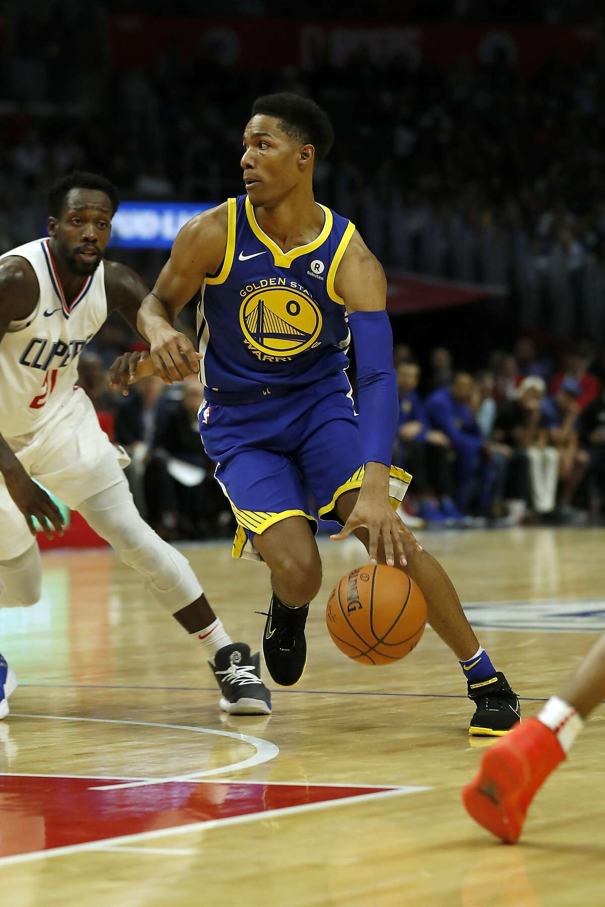 Golden State Warriors guard Patrick McCaw dribbles during the second half of an NBA basketball game against the Los Angeles Clippers, Monday, Oct. 30, 2017, in Los Angeles. (AP Photo/Ryan Kang)