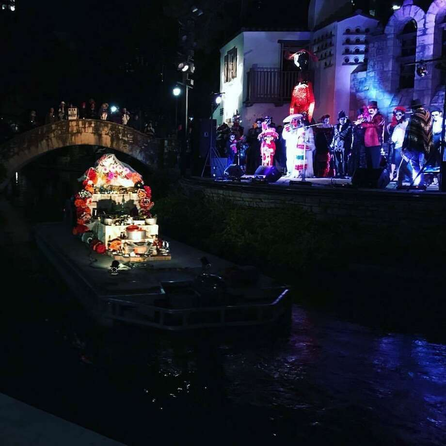 Artist and food truck owner Ana Fernandez's commissioned floating altar for Muertos Fest will float down the River Walk again Photo: Courtesy Ana Fernandez