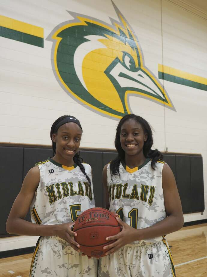 Alexis and Alexandrea Washington, Midland natives, will be key sophomores for the Lady Chaparrals this year. 10/26/17 Tim Fischer/Reporter-Telegram Photo: Tim Fischer/Midland Reporter-Telegram